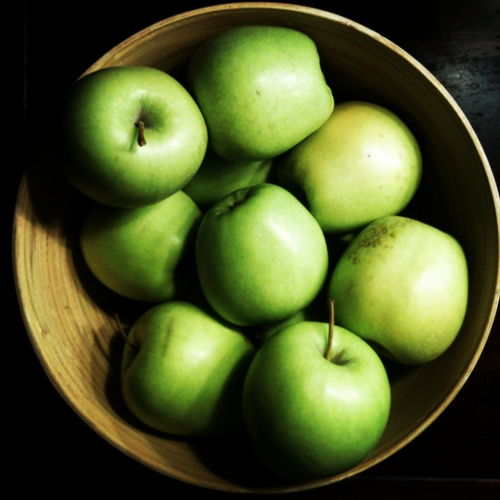 Apples for the crumble, already bought.